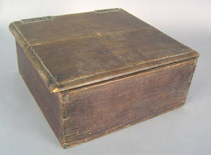 New England pine box ca 1800
