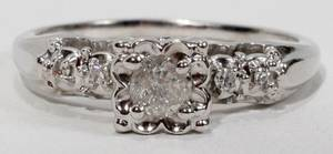 090306 14KT WHITE GOLD AND 40 CT DIAMOND RING