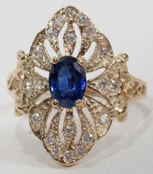 090304 14KT YELLOW GOLD SAPPHIRE AND DIAMOND RING