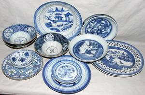 082297 CHINESE BLUE  WHITE PORCELAIN TABLEWARE 15