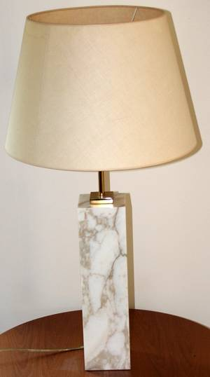 061454 MODERNIST MARBLE TABLE LAMP H 32