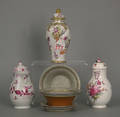 Group of English and Continental porcelain