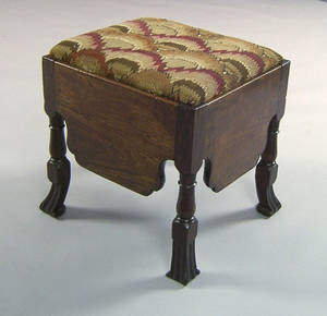 George II mahogany close stool ca 1730