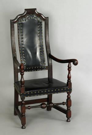 Boston Massachusetts William  Mary crook back maple armchair ca 1735