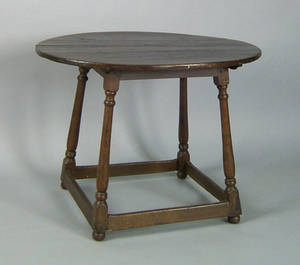 Pennsylvania walnut tavern table ca 1780