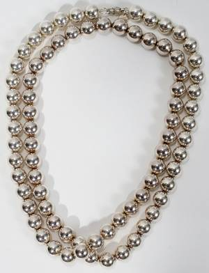 070463 TIFFANY  CO STERLING 925 BEADED NECKLACE