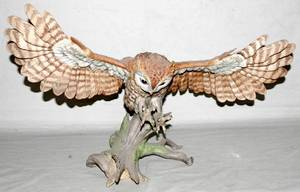 102476 BOEHM BISQUE FIGURE SCREECH OWL SIGNED