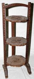 101650 CARVED WOOD FOLDING STAND H26 W95 DIA75