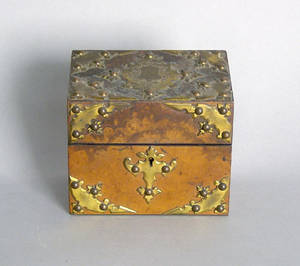 Burled walnut perfume box