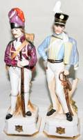 080559 FRENCH PORCELAIN MILITARY FIGURES H 12