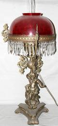 101043 VICTORIAN BRASS OIL LAMP WRUBY GLASS SHADE