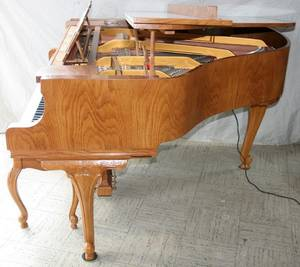 100006 YOUNG CHANG OAK PLAYER PIANO AND BENCH