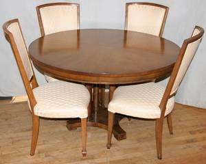 100040 BAKER WALNUT DINING TABLE  SIDE CHAIRS