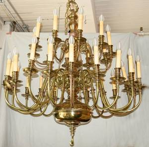 092053 30 LIGHT TWO TIER BRASS CHANDELIER