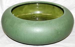 031082 HAMPSHIRE AMERICAN ART POTTERY BOWL C1905