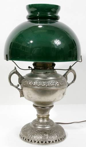 111135 AMERICAN VICTORIAN OIL LAMP THE JUNO LAMP