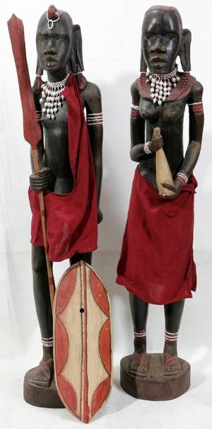 030109 AFRICAN HAND CARVED WOOD TRIBAL STATUES