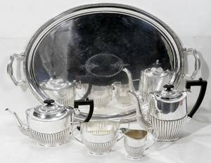 010085 SHEFFIELD SILVER PLATED TEA  COFFEE SERVICE