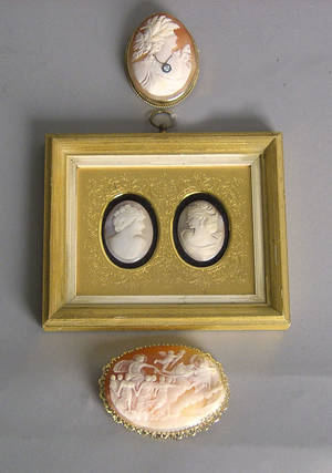 Two gold cameo brooches