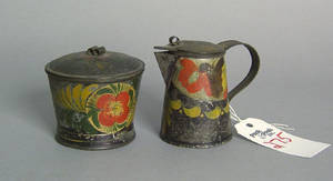 Toleware syrup and covered caddy