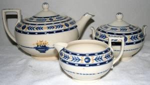021554 WEDGWOOD ETRURIA PORCELAIN TEA SET
