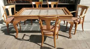 011625 MEDITERRANEAN STYLE MAHOGANY DINING TABLE