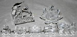 041640 SWAROVSKI CUT CRYSTAL MINIATURE TRAIN PIANO
