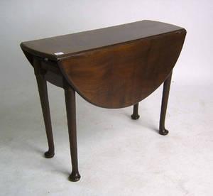 Georgian mahogany dropleaf table