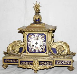 041043 FRENCH PORCELAIN  GILT BRONZE MANTLE CLOCK