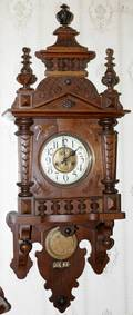 071131 CARVED OAK WALL CLOCK H40 W14 D68