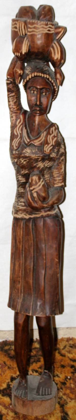 060180 AFRICAN CARVED WOOD FIGURE OF A WOMAN
