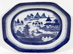 052143 CANTON BLUE  WHITE PLATTER 19TH C