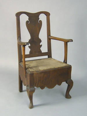 Delaware Valley Pennsylvania Queen Anne walnut close chair ca 1750