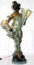 062132 BRONZE OF GIRL W 2 LILY GLASS LAMPS H27