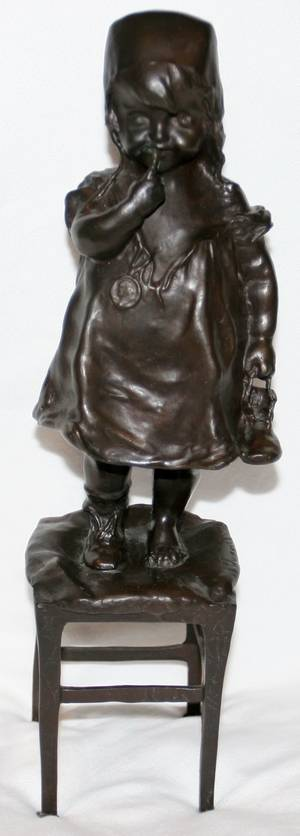 091283 METAL FIGURAL SCULPTURE OF A CHILD H125