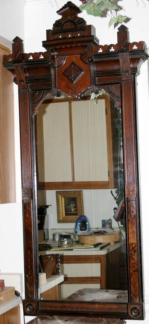 060260 EASTLAKE WALNUT PIER MIRROR 19TH C 58x27
