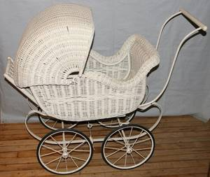091448 WICKER DOLL BUGGY C1915 H33 L41