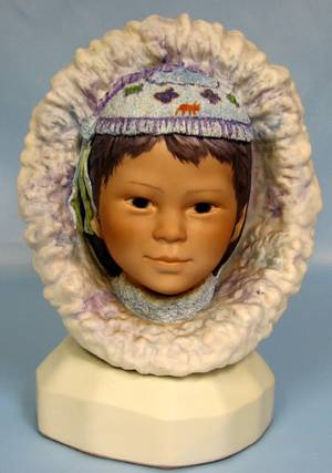 063208 CYBIS BISQUE BUST ESKIMO CHILD NANOOK