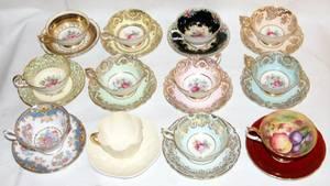 061471 PORCELAIN TEA CUPS  SAUCERS TWELVE SETS