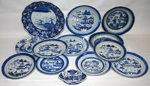 081570 CHINESE BLUE  WHITE PORCELAIN PLATES  BOWLS
