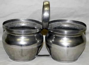 050566 METAL DOUBLE CONTAINERS WCENTRAL HANDLE