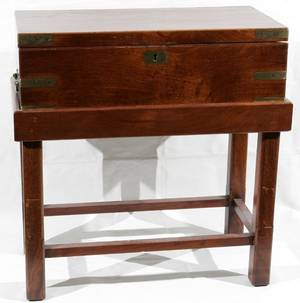 051007 ENGLISH MAHOGANY LAP DESK C1830 H6 W20