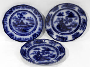 101148 ENGLISH FLOW BLUE IRONSTONE PLATES