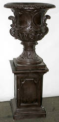 090073 COMPOSITION URN  PEDESTAL
