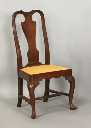 Delaware Valley Queen Anne walnut dining chair ca 1745