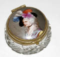 111365 MINIATURE CUT CRYSTAL BOX W PORCELAIN COVER