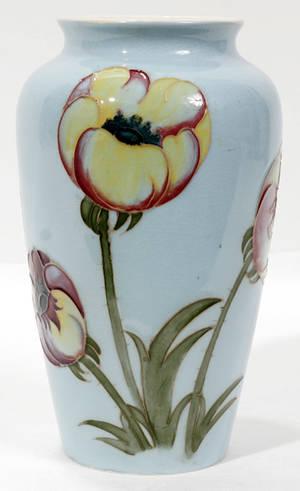 Realized Price For 111409 Moorcroft Pottery Poppy Vase