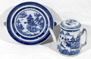 10289 CHINESE BLUE  WHITE PORCELAIN WARMING PLATE