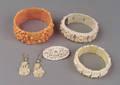 Floral celluloid hinged bracelet