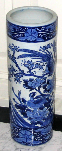 102441 BLUE  WHITE CHINESE PORCELAIN UMBRELLA STAND